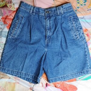 Vintage Cleo High Waist Pleated Denim Short